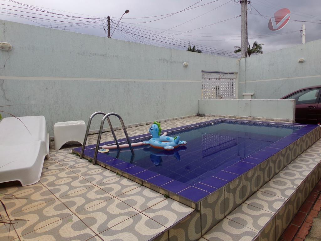 Casa isolada no Jardim Imperador com piscina!