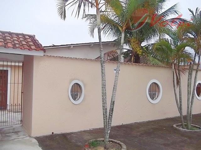 Casa no Balneário Flórida, com terreno incrível, para fino gosto!!!