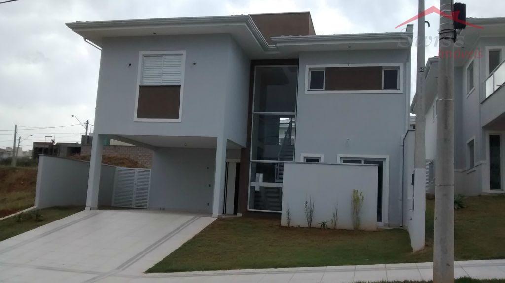 Sobrado 280 m² - 03 suítes, master com hidromassagem, churrasqueira, piscina