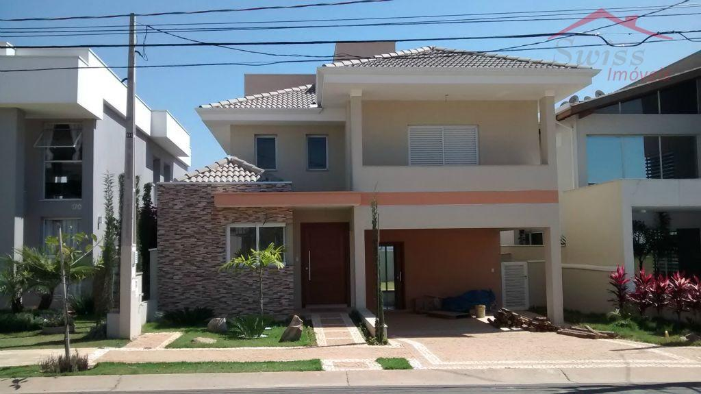 Sobrado 300 m², 4 dormitórios, 3 suítes com sacada, master com hidro, churrasqueira