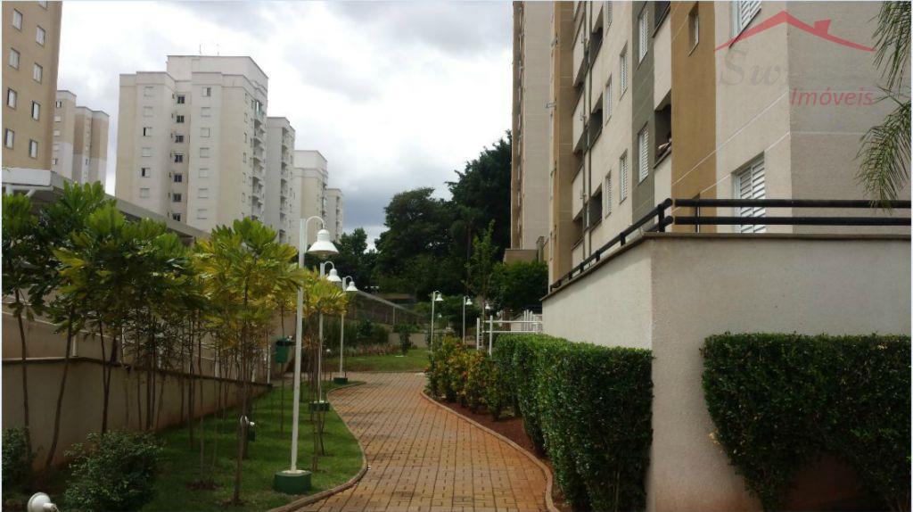 Apartamento Mansões 69 m² - 3 dormitórios, 1 garagem, completo com armários, piscina
