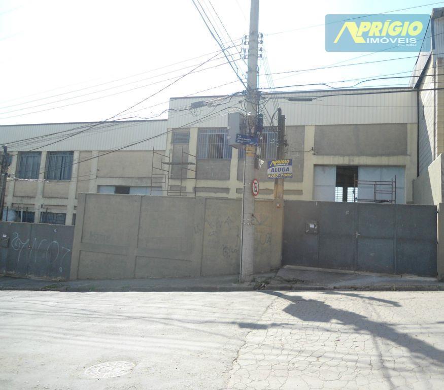 Galpão industrial para locação, Parque Laguna, Taboão da Serra.