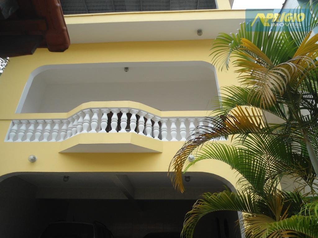 Casa residencial para venda e locação, Jardim Maria Rosa, Taboão da Serra.
