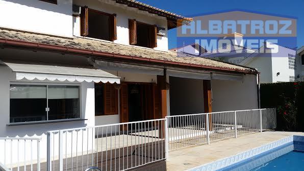 Excelente residência  com 4 dormitórios, desocupada, Córrego Grande, Florianópolis