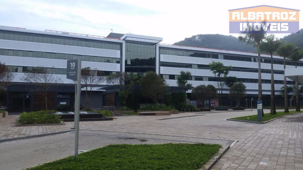 Sala comercial nova no melhor empreendimento entre o centro de Florianópolis e o Norte da Ilha de SC