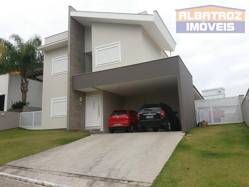 Excelente casa seminova em condomínio fechado, Santo Antônio de Lisboa, Florianópolis, SC