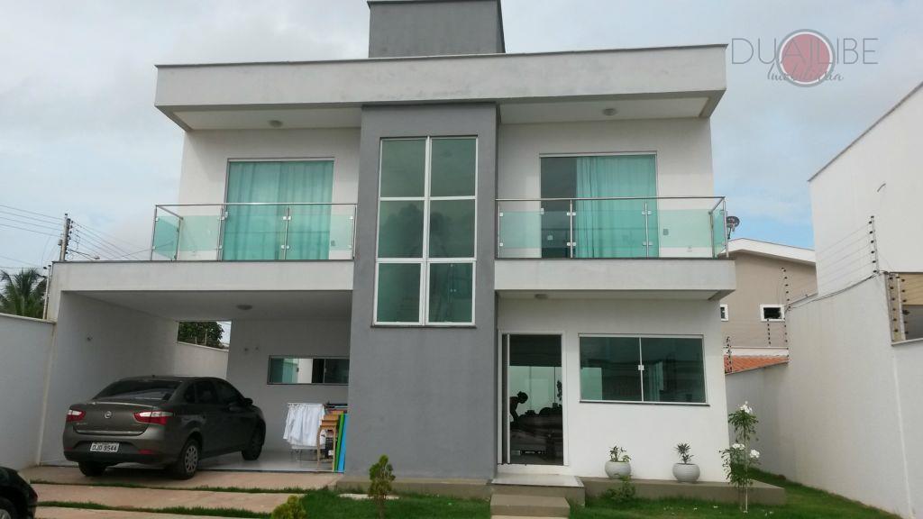 Casa duplex à venda no Araçagi