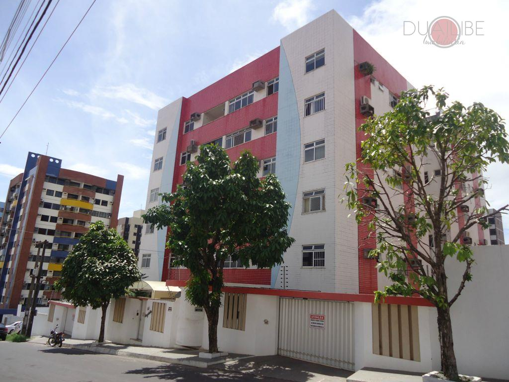 Apartamento à venda no Ed. Bagatelle Renascença, São Luís.