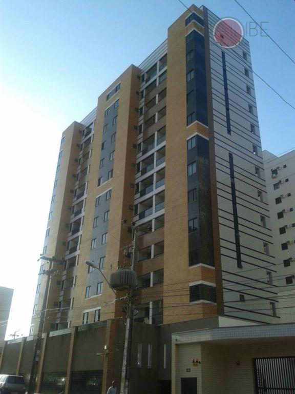 Apartamento à venda no Ed. João do Vale.