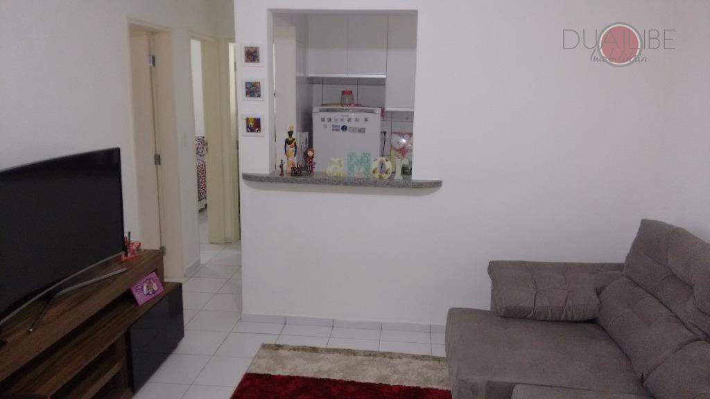 descrição:sala de estar e de jantar.com varanda.cozinha americana.01 banheiro social.02 quartos sendo 01 suite.01 vaga de...