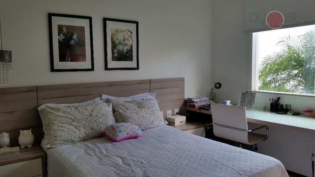 casa de alto padrão projetada e decorada por profissionais gabaritados, contendo 3 salas (estar, jantar e...