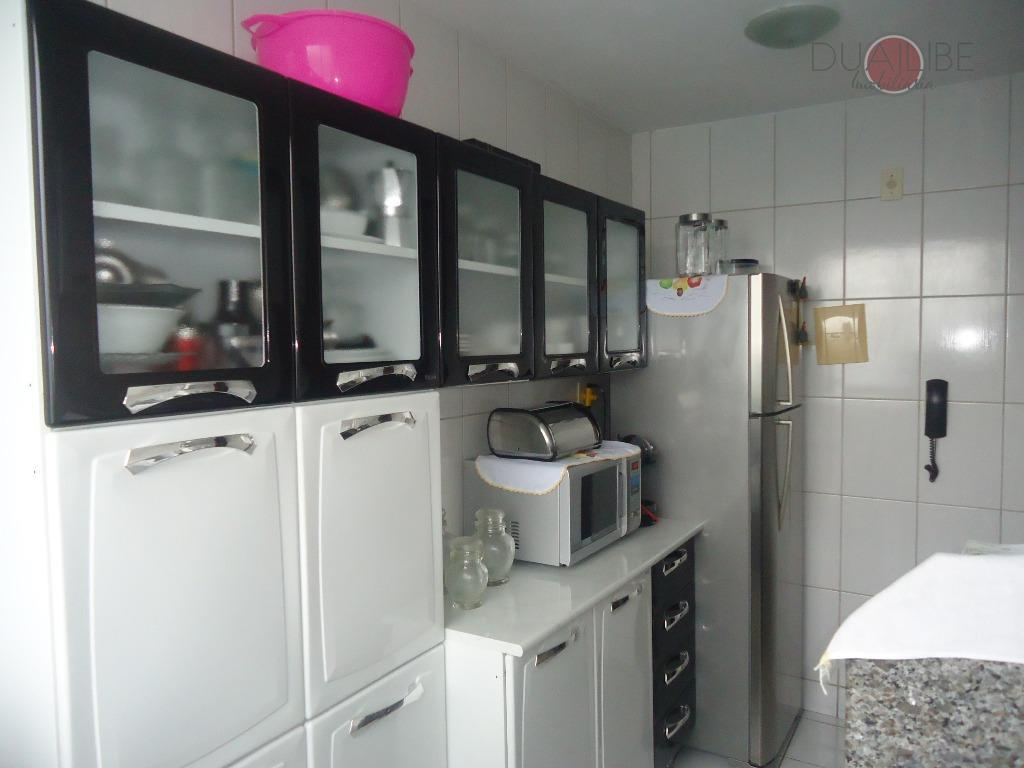 apartamento no gran village turu vi, 1° andar, com 51,33m² de área privativa, sala em dois...
