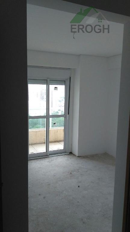 apartamento com depósito na garagem