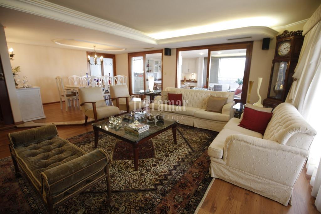 Apartamento com 3 dormitórios à venda, 292 m² por R$ 1.500.000 - Centro - Novo Hamburgo/RS