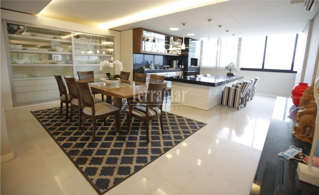 Apartamento com 3 dormitórios à venda, 243 m² por R$ 2.150.000 - Centro - Novo Hamburgo/RS