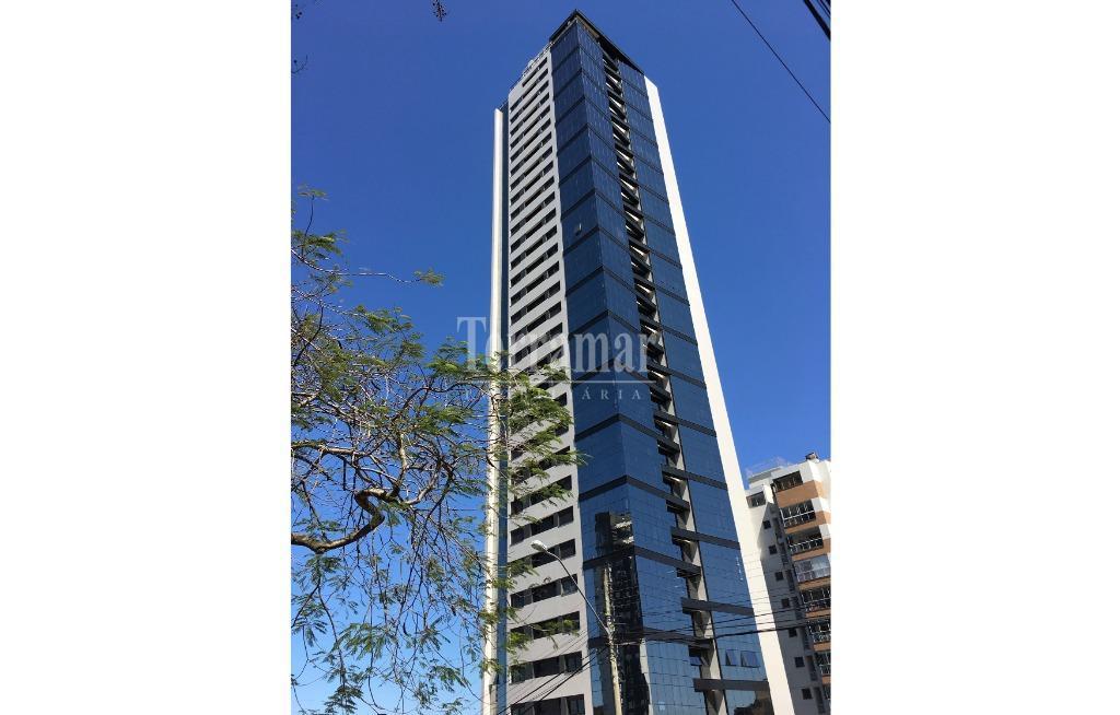 Apartamento com 3 dormitórios à venda, 167 m² por R$ 1.600.000 - Centro - Novo Hamburgo/RS