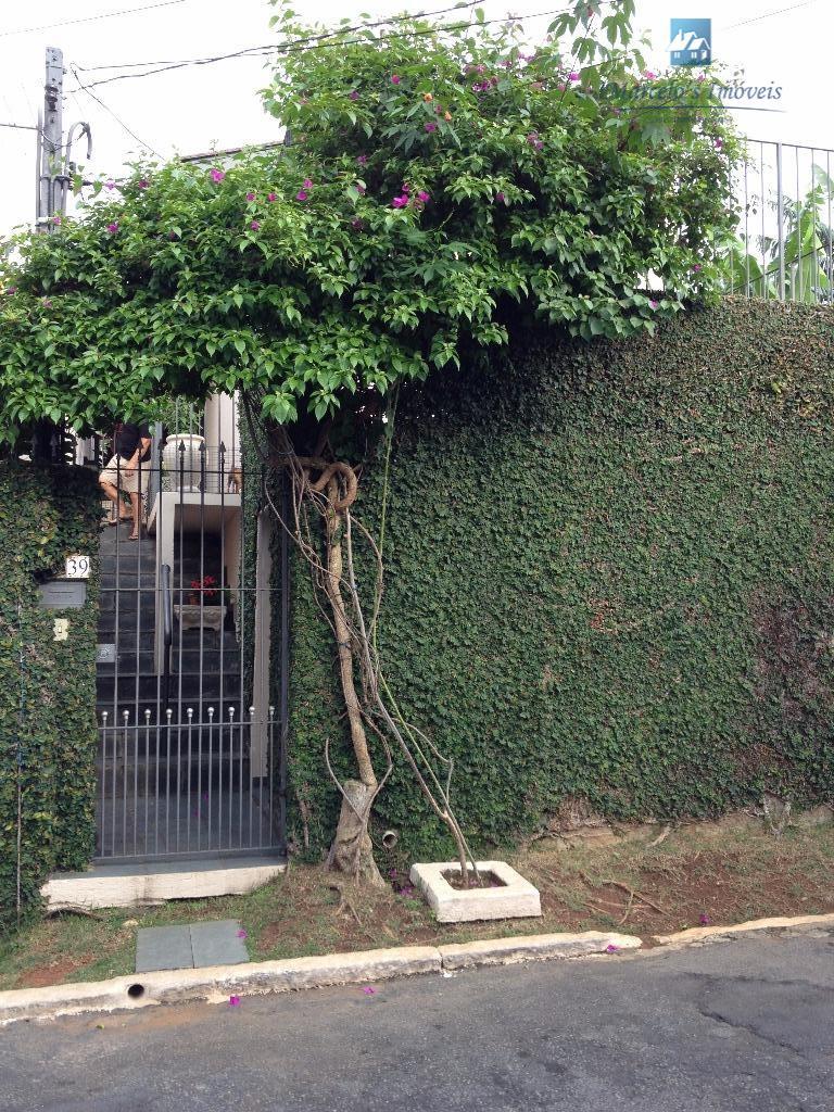 Casa em local previlegiado próximo do shopping Campo Limpo x metro x sesc consulte um de nossos corretores