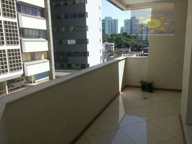 Apartamento residencial à venda, Praia do Canto, Vitória.