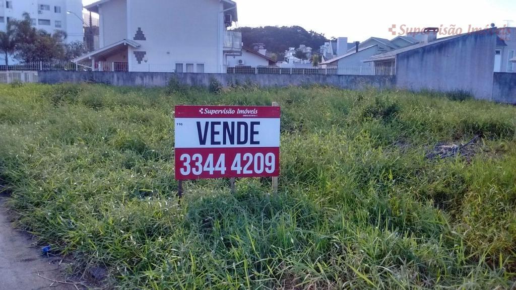 ÓTIMO TERRENO COM ÁREA DE 523,70 m² , NO PEDRA BRANCA