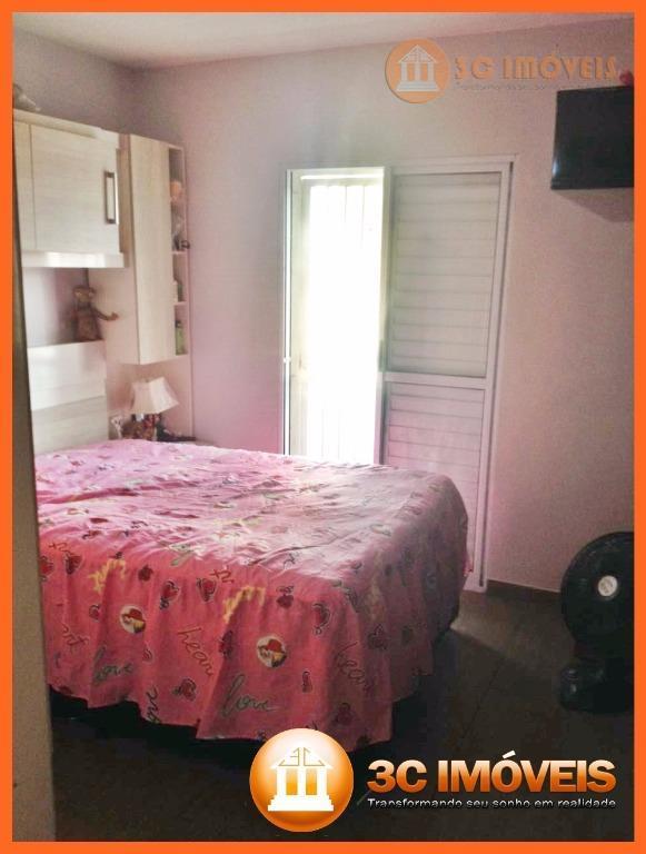 sobrado de 3 dormitórios na vitório santim, travessa da r. são teodoro,paralela com av. jacu pêsseco.3...