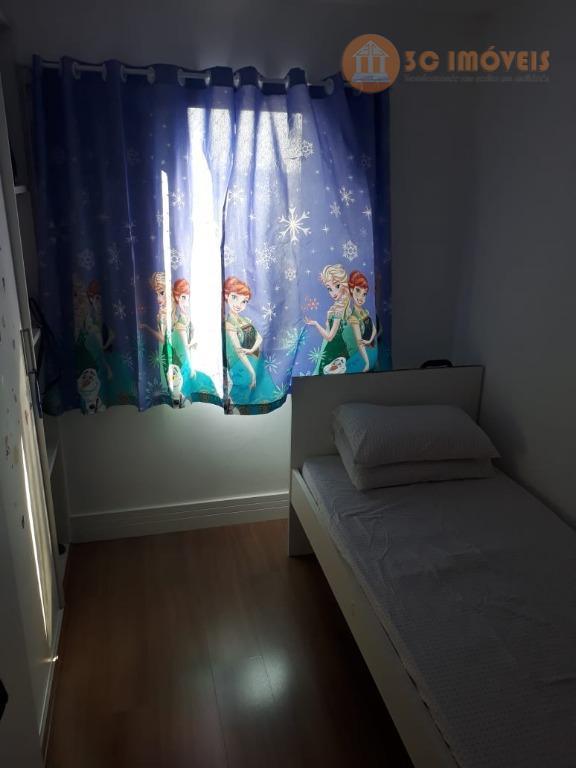 apartamento com 2 dormitórios, planejados na sala, cozinha e no quarto. piso laminado em todo o...