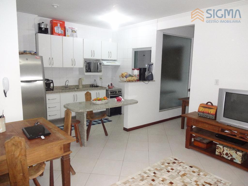 apartamento com 2 quartos sendo 1 suíte, sala, cozinha e área de serviço. 1 vaga de...