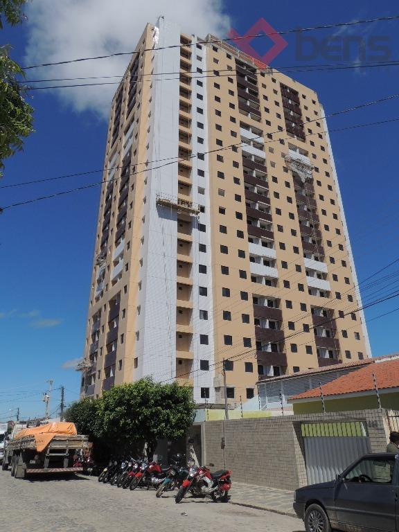 Apartamento no Cruzeiro, Campina Grande.