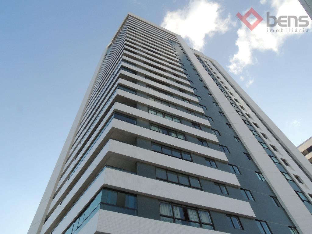 Apartamento com 3 suítes no Mirante, Campina Grande