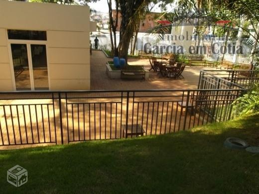 excelente apartamento semi mobiliado em andar médio com vista para o shopping e sol da manhã.com...