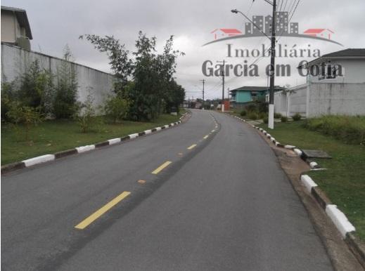 Terrenos a venda em Cotia SP - Condomínio Jardim Passárgada I, Cotia.