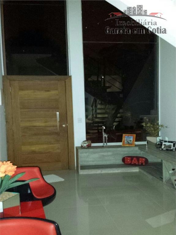 Casas  à venda em Cotia - SP