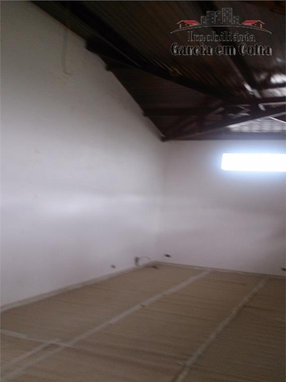 excelente casa com 04 dormitórios sendo 02 suítes, com ampla sala com lindo forro em madeira...