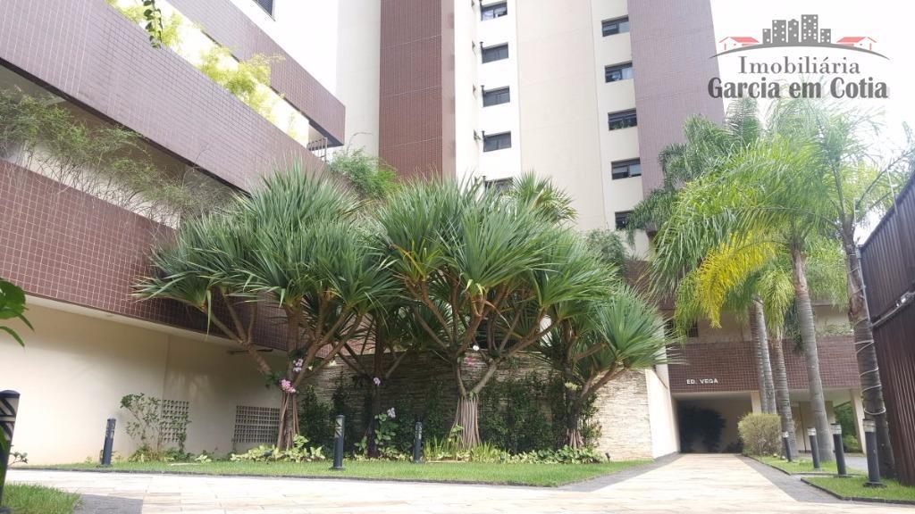 apartamento com uma das melhores localizações na região do morumbi. vá a pé ao shopping jardim...