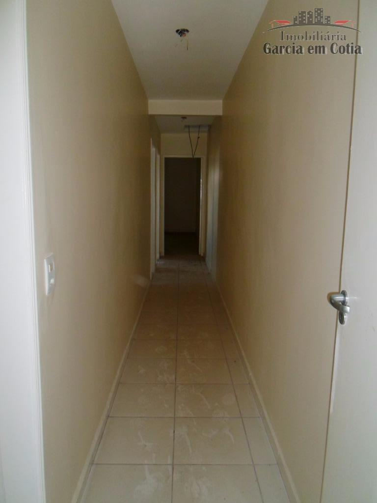 excelente casa no condomínio nakamura parkcom 03 dormitórios sendo 01 suíte, sala de estar com lareira,...