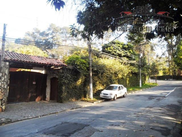 Casas a venda na Granja Viana Cotia SP - Térrea bem no centrinho da Granja! Para reformar.