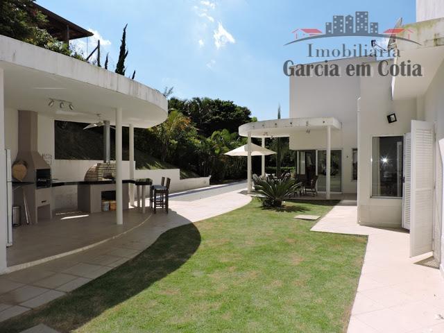 Casas a venda na Fazendinha Granja Viana, Cotia SP - Fazendinha - Térrea, rua tranquila, lazer!