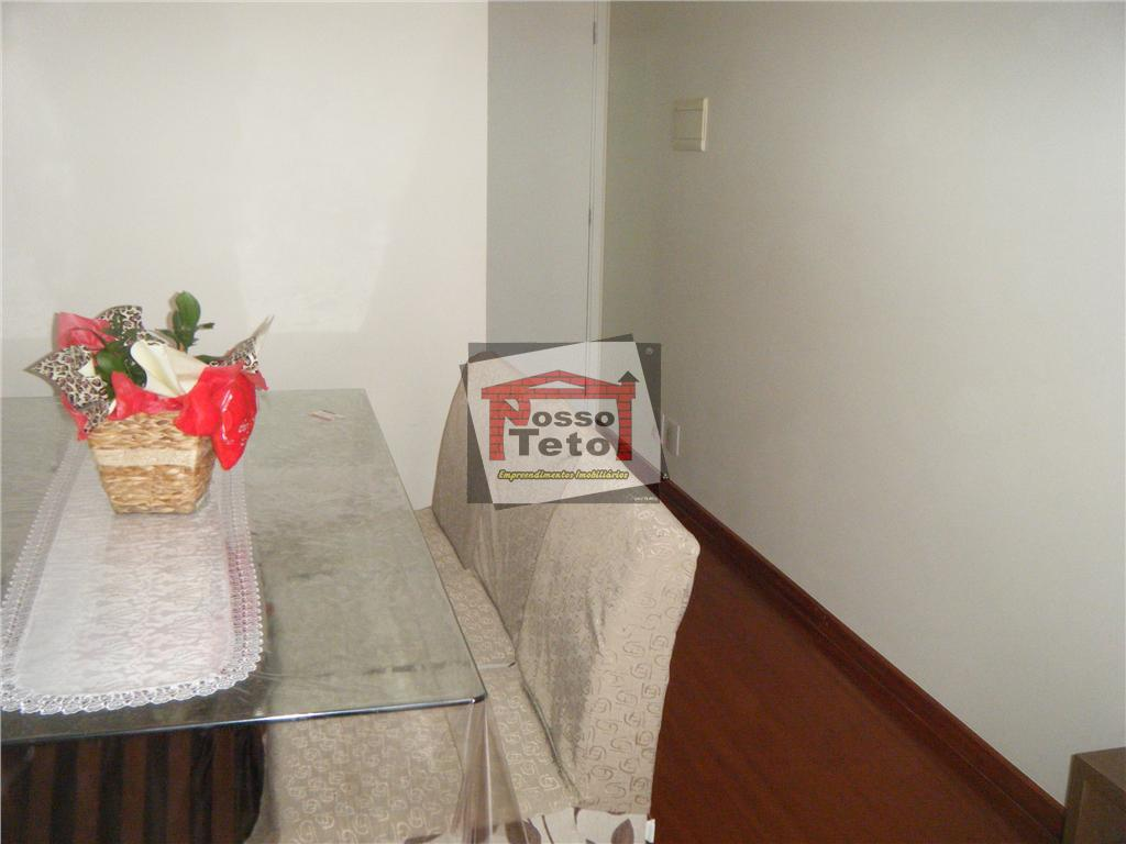 Apartamento de 2 dormitórios em Parque São Domingos, São Paulo - SP