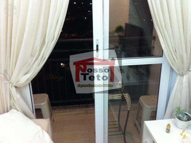 Apartamento de 2 dormitórios à venda em Parque Maria Domitila, São Paulo - SP