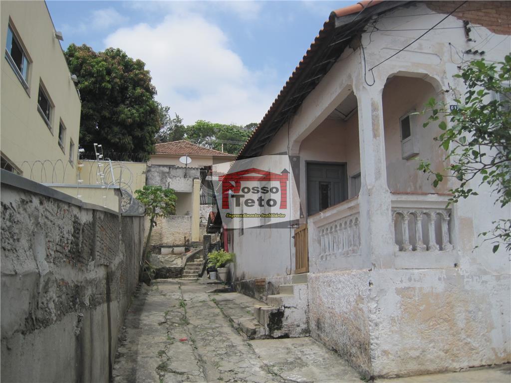 otima localização na avenida mutinga, terreno com uma area total de 730 m2 inclusive com saída...