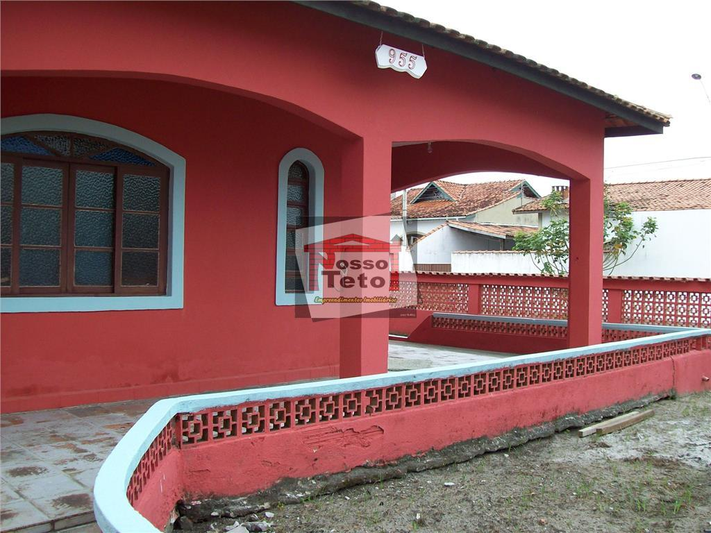 Casa de 3 dormitórios em Jardim Peruíbe, Peruíbe - SP