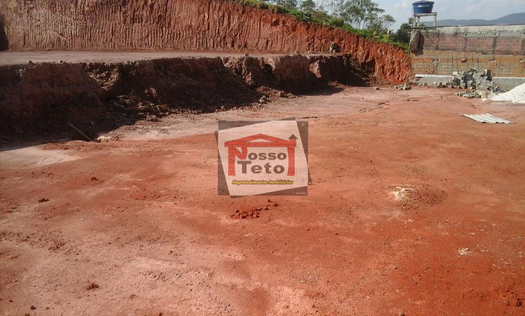 terreno com 2.800 m2 com 40 de frente e 70 metros de fundos - pavimentado com...