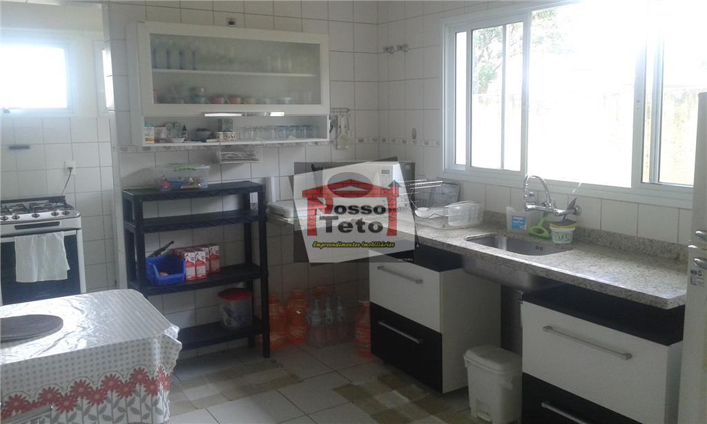 oportunidade, excelente casa térrea com 3 dormitórios sendo 1 suíte, sala 2 ambientes, lavabo, cozinha plan,...