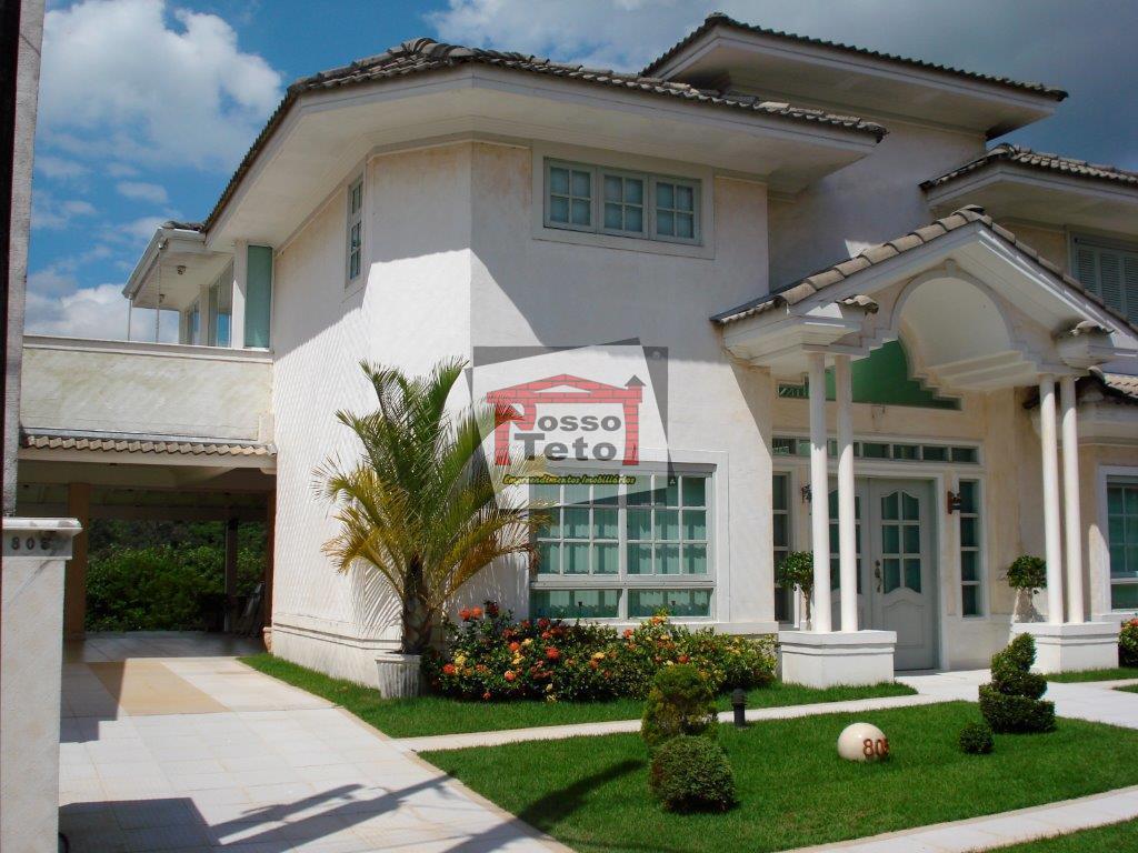 bela casa com 3 suítes, escritório reversível, sala 3 ambientes, lavabo, saletas, copa cozinha plan, churrasqueira,...
