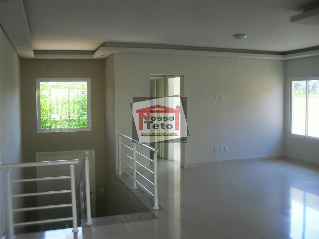linda casa alto padrão nova com 3 suítes (1 com closet), sala de estar e jantar...