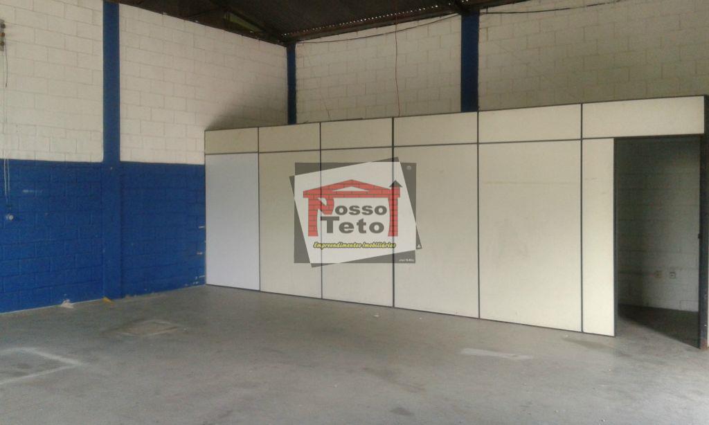 barracão comercial industrial com 240 m², dividido em 2 partes, uma já locada, e a outra...