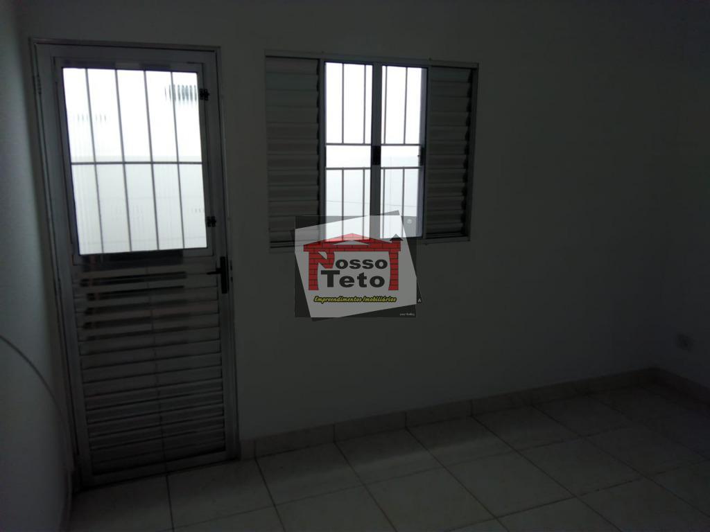 casas em condomínio localizada no jaraguá próximo a voith com 1 dormitório, cozinha, banheiro, lavanderia, aceita...