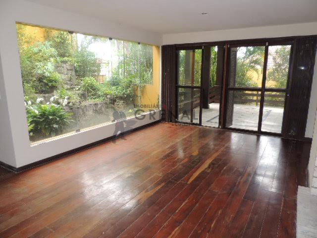 - mansão com 670 m2 - mais fotos no site da imobiliária grenal.- de esquina sobre...