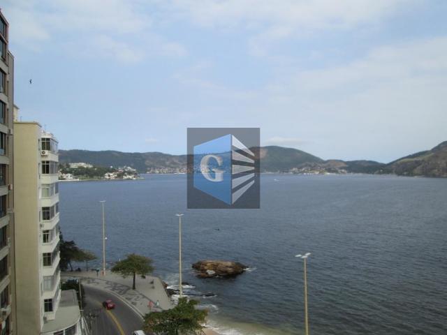 Praia João Caetano - salão - 4quartos - 2suítes - garagem