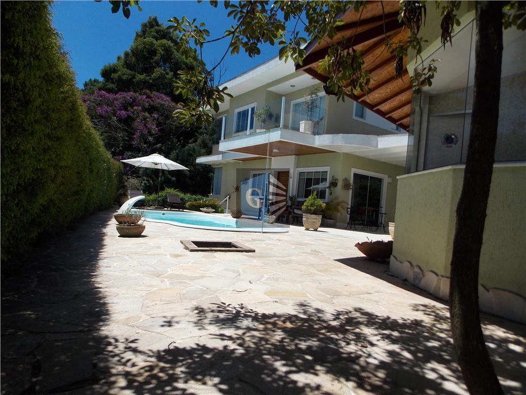 Teresópolis - Espetacular casa - 4quartos -2suítes - piscina -7vagas