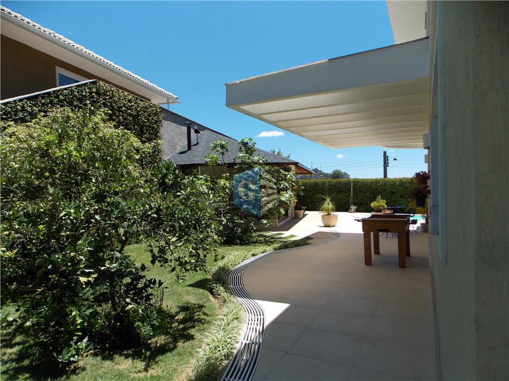 teresópolis - condomínio fechado -lindíssima casa duplex- terreno 630m² - toda montada- varandão panorâmico - amplo...